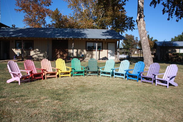 rainbow_chairs_color_2